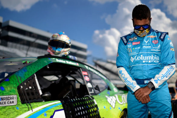 bubba-wallace-tweets-jacob-blake-see-how-nascar-fans-responded