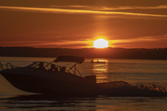 new-yorker-recreates-father's-trek-from-long-island-to-florida-in-his-1972-motorboat
