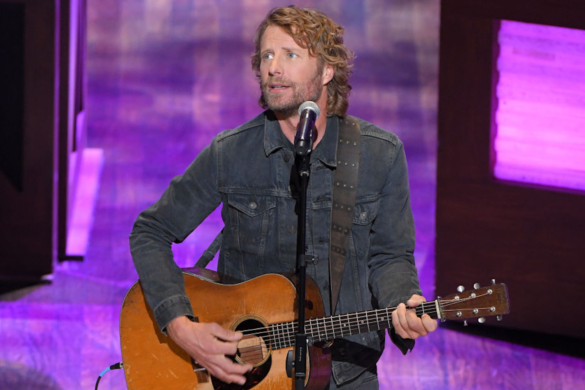Dierks-Bentley-Shares-Gorgeous-Photos-While-Hitting-Seven-Peaks-Hike