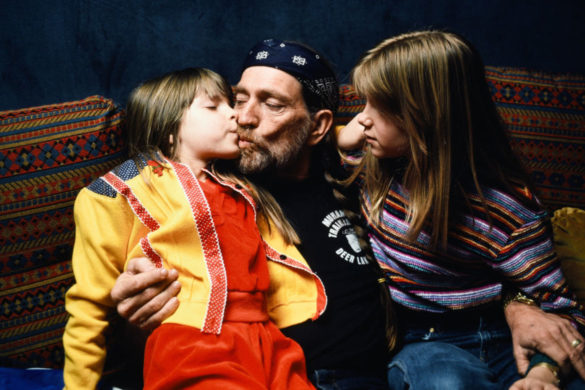 watch-willie-nelson-wife-annie-share-adorable-singing-video-daughters-birthday