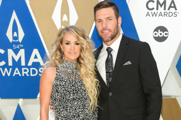 Carrie-Underwood-Not-Sure-Able-Family-Christmas-Cross-Our-Fingers