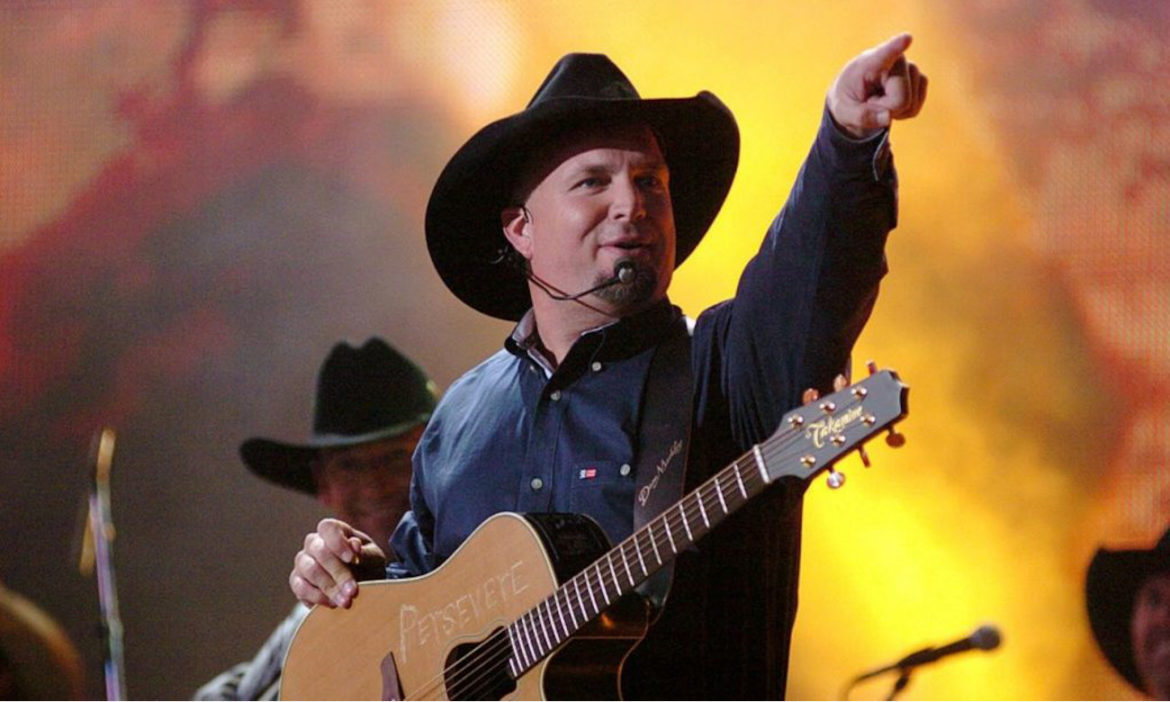 Country-Throwback-Garth-Brooks-Releases-Hit-Sevens-Album-23-Years-Ago-Today