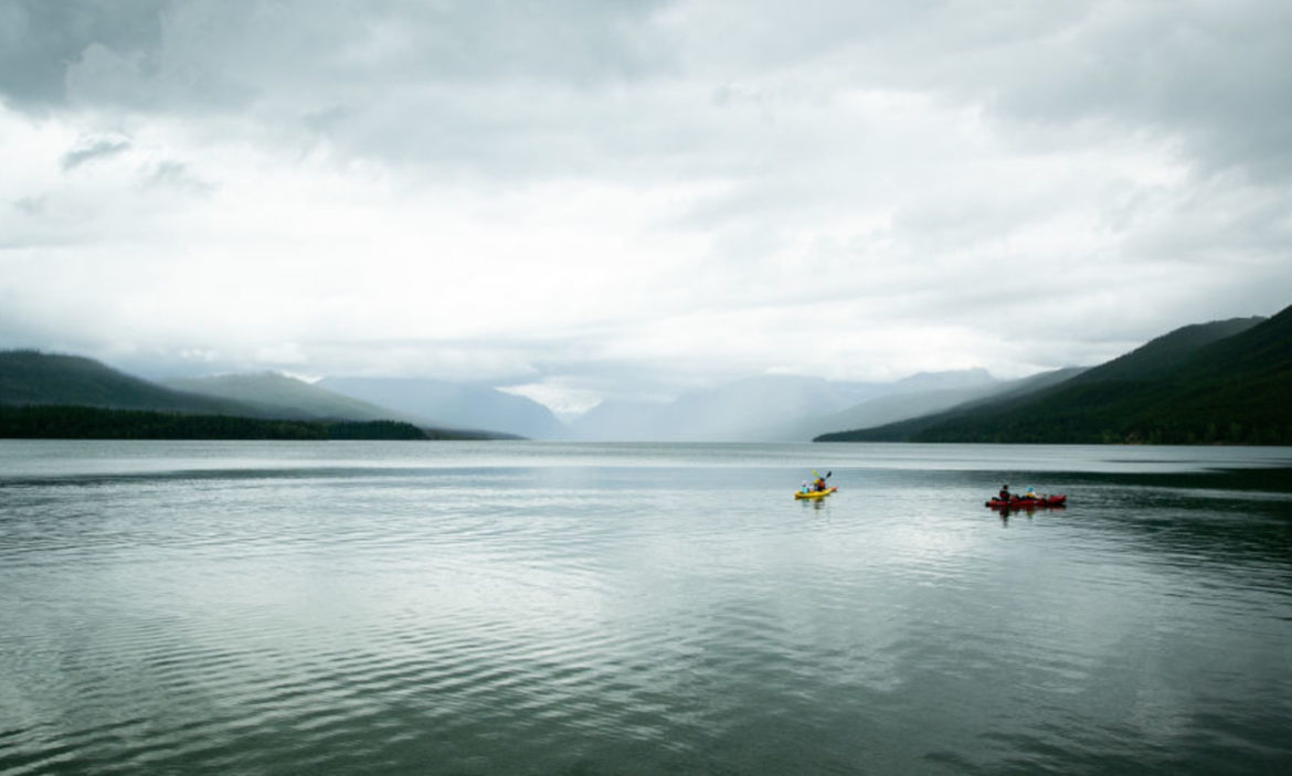 glacier-national-park:-18-year-old-woman-dies-scuba-diving