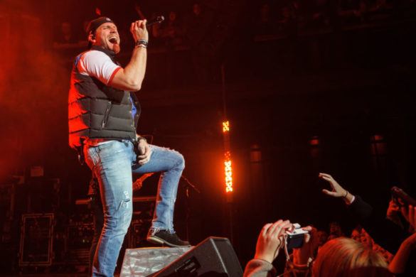 chase-rice-says-new-song-drinkin-beer-talkin-god-amen-perfect-way-celebrate-2020