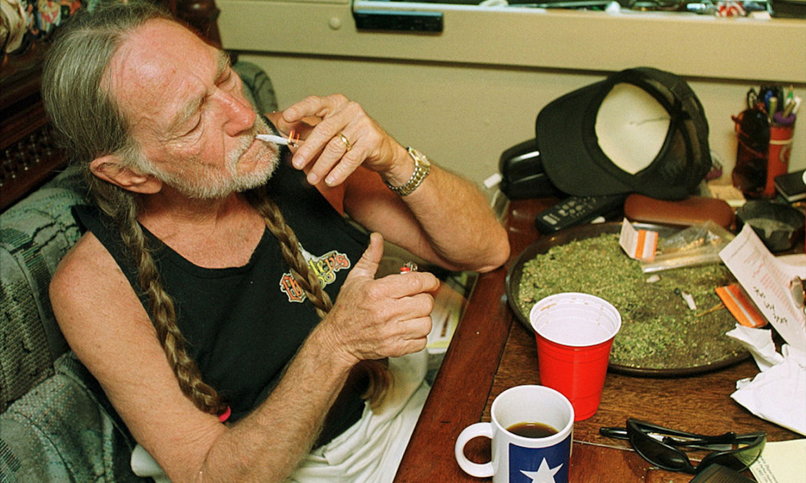 new-book-reveals-willie-nelson-partied-with-doors-john-densmore