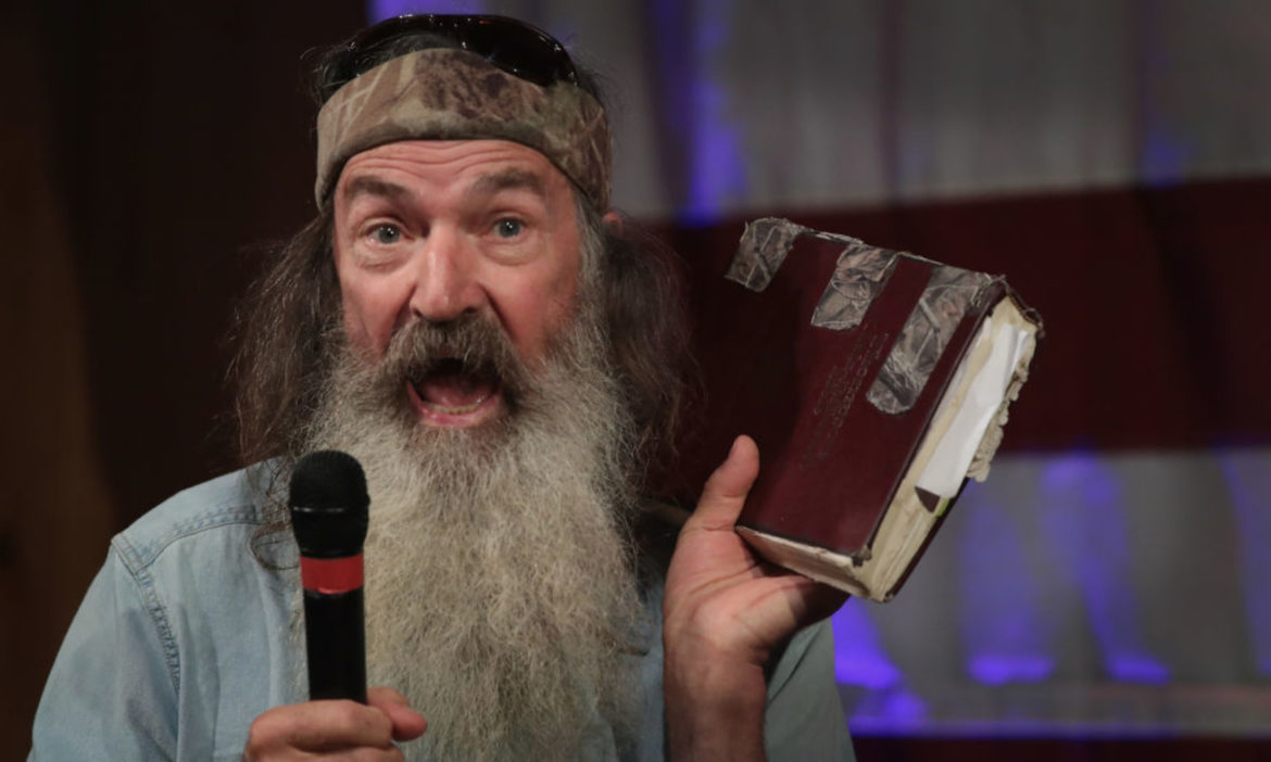 phil-robertson-opens-up-about-his-religious-conversations-with-donald-trump