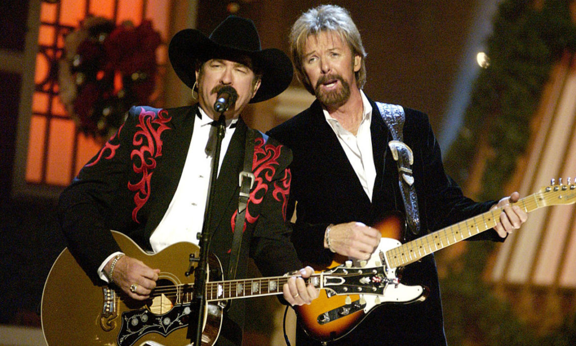 country-throwback-brooks-dunn-perform-it-wont-be-christmas-without-you-2002-special