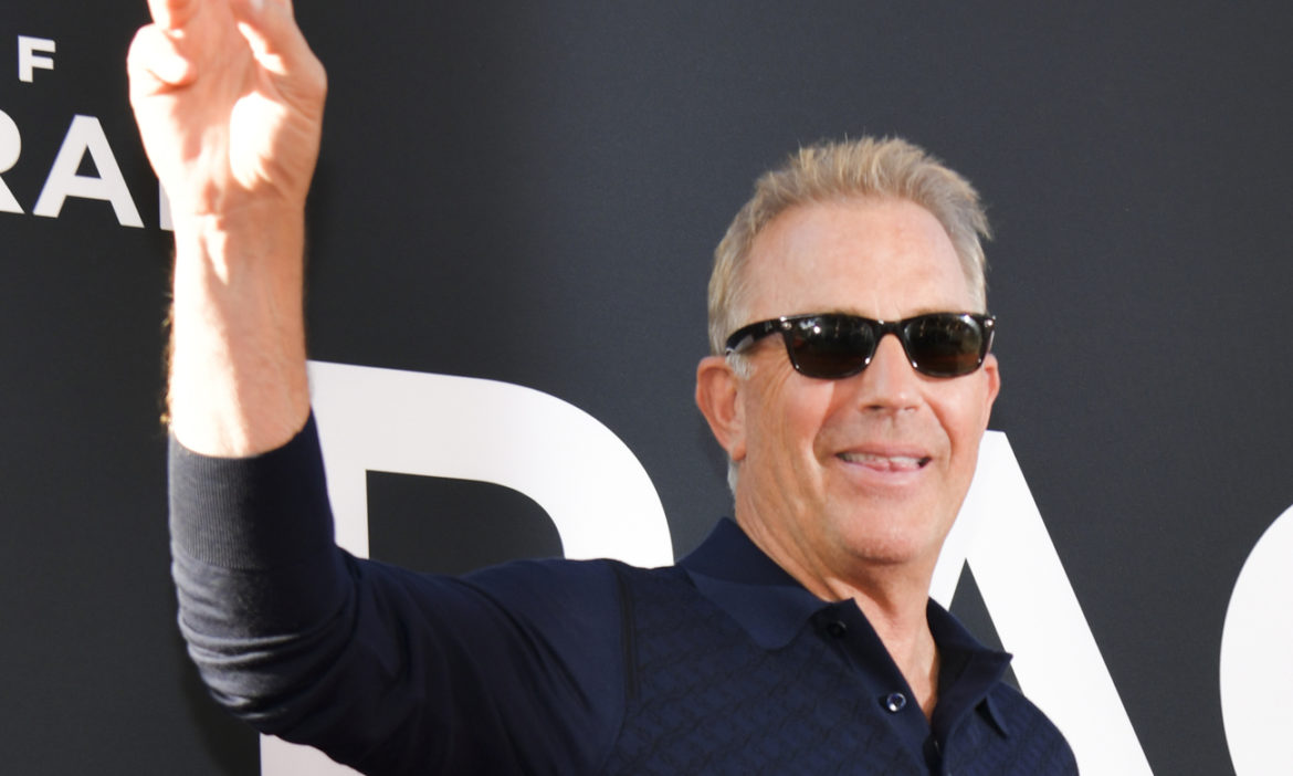 kevin-costner-says-barack-obama-has-good-taste-highlighting-his-new-movie
