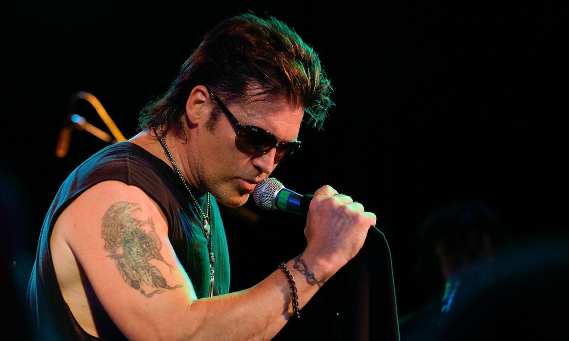 top-10-country-music-star-mullets-of-the-90s