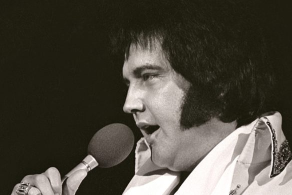country-throwback-elvis-presley-belts-unchained-melody-final-recorded-concert