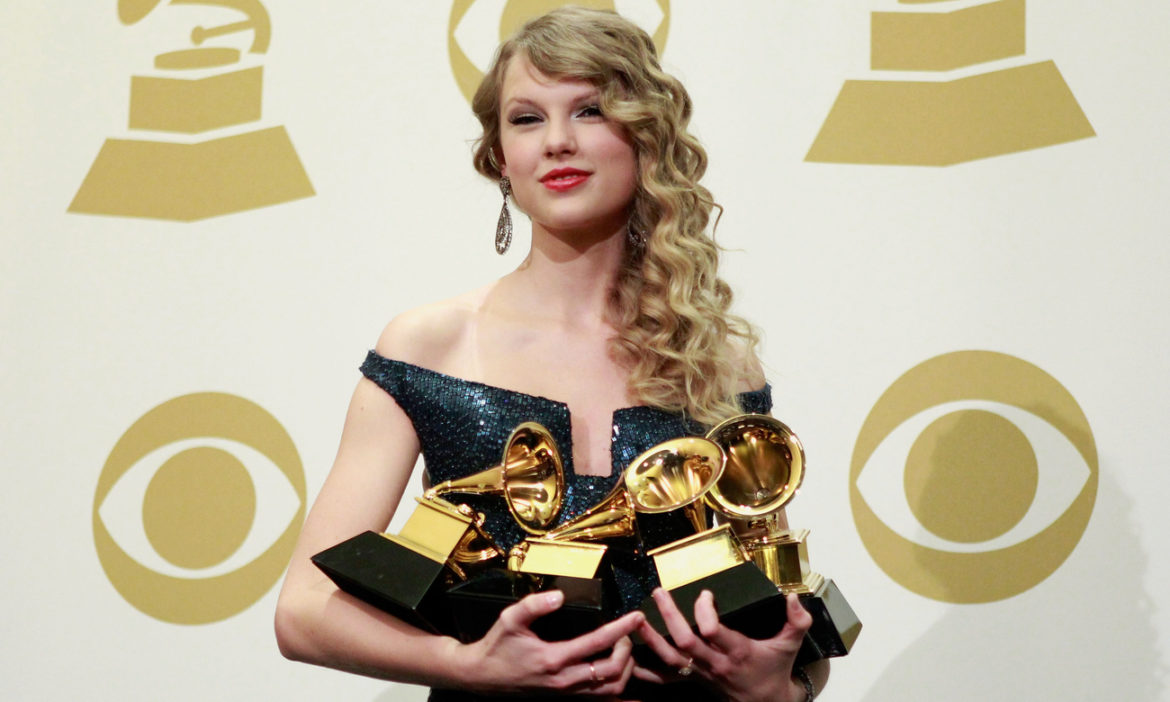 this-day-taylor-swift-becomes-youngest-artist-win-grammys-album-of-year-2010