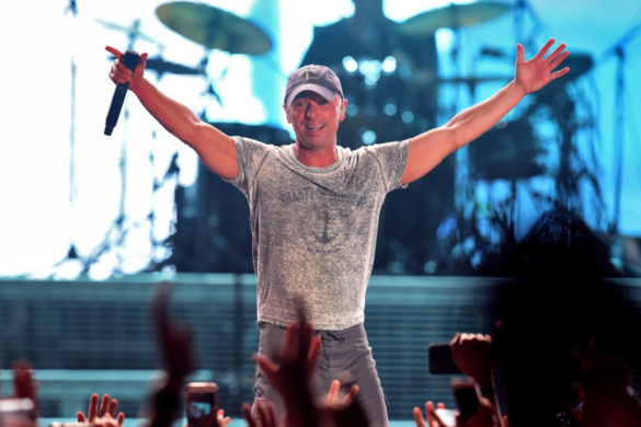kenny-chesney-shares-photo-revealing-start-my-island-life-happy-new-year-message
