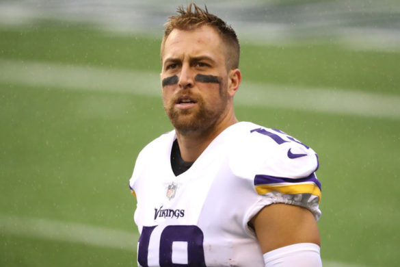 vikings-adam-thielen-auctioning-off-custom-alex-trebek-cleats-pancreatic-cancer-charity