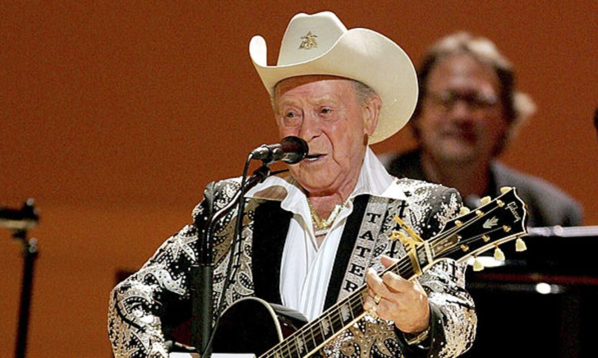 on-this-day-little-jimmy-dickens-makes-grand-ole-opry-debut