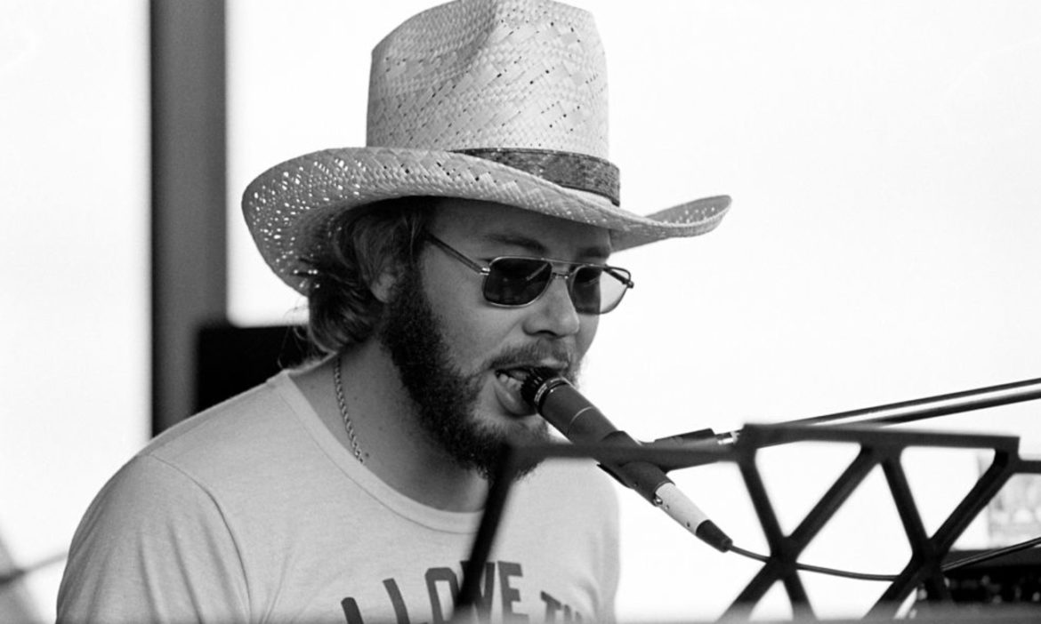 country-throwback-young-hank-williams-jr-crushes-whiskey-bent-hell-bound-tv