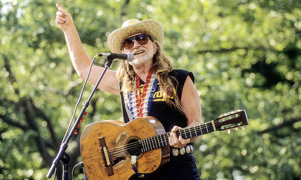 on-this-day-willie-nelson-settles-massive-long-standing-debt-irs-1993