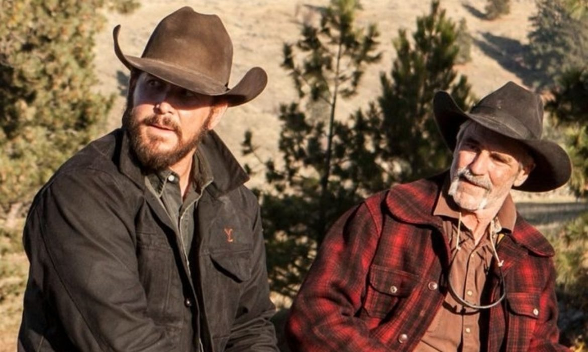 yellowstone-tv-favorites-rip-wheeler-asks-lloyd-a-question-about-his-wedding-in-season-3