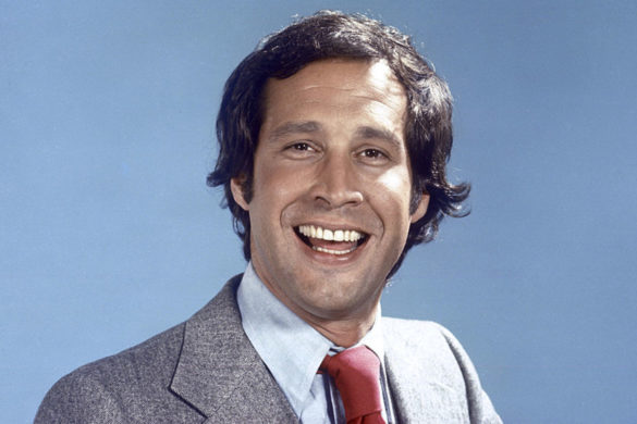 chevy-chase-pulled-prank-behind-scenes-of-brady-bunch-variety-hour-in-1976