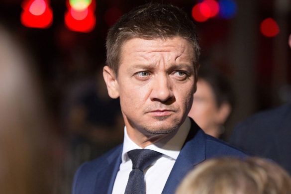 people-are-fighting-after-jeremy-renner-cast-as-lead-mayor-of-kingstown