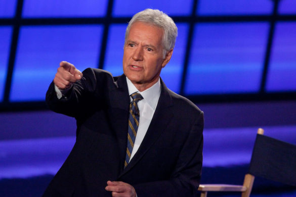 jeopardy-remember-late-host-alex-trebek-hilariously-came-stage-without-pants