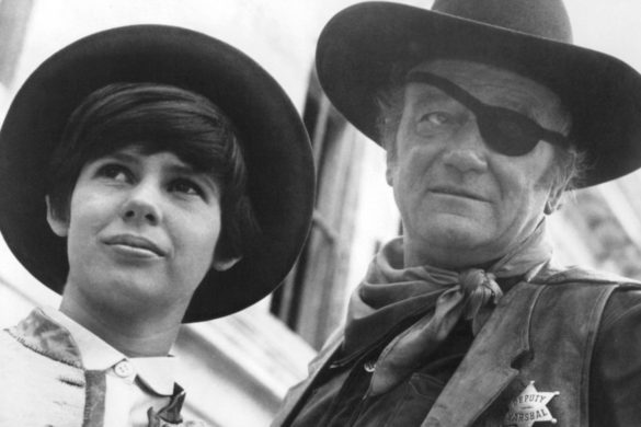 john-wayne-pushed-for-daughter-land-iconic-role-one-western-heres-what-happened