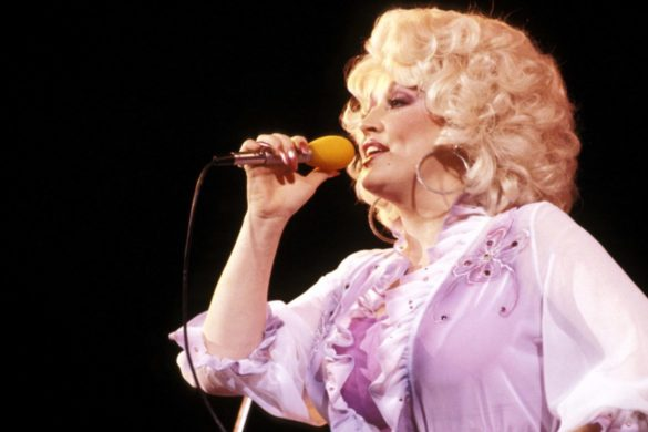 on-this-day-dolly-parton-releases-iconic-i-will-always-love-you-in-1974