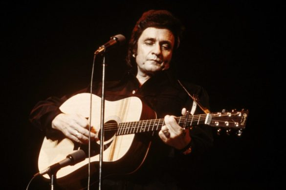 on-this-day-johnny-cash-takes-home-grammy-american-recordings-1995