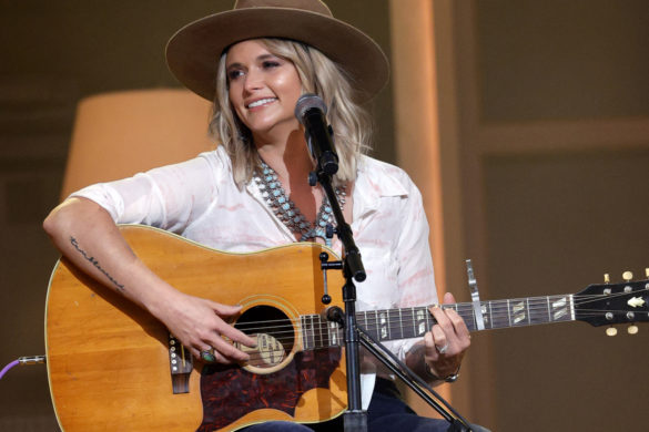 miranda-lambert-releases-anchor-the-marfa-tapes-beautifully-illustrated-video
