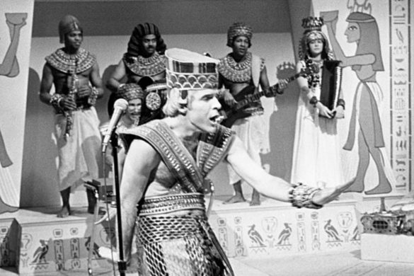 on-this-day-1978-steve-martin-performs-king-tut-skit-saturday-night-live