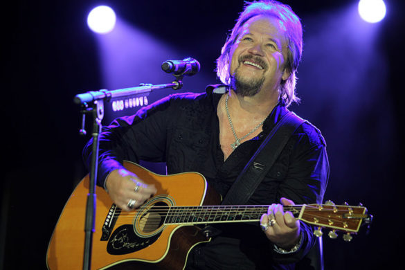 travis-tritt-thrilled-playing-live-music-again-front-sold-out-indiana-crowd