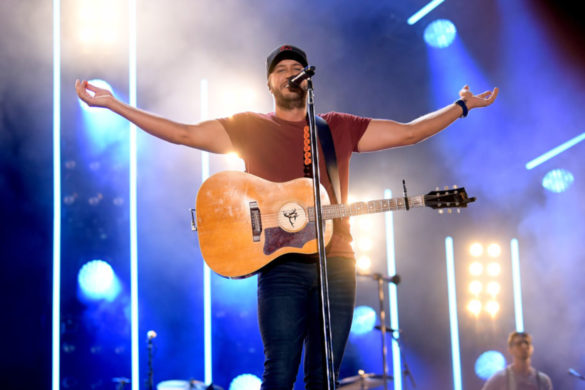 luke-bryan-shares-hes-excited-to-have-elvis-moment-with-las-vegas-residency