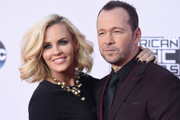 blue-bloods-star-donnie-wahlberg-his-dog-lumpy-are-inseparable-travel-world-together