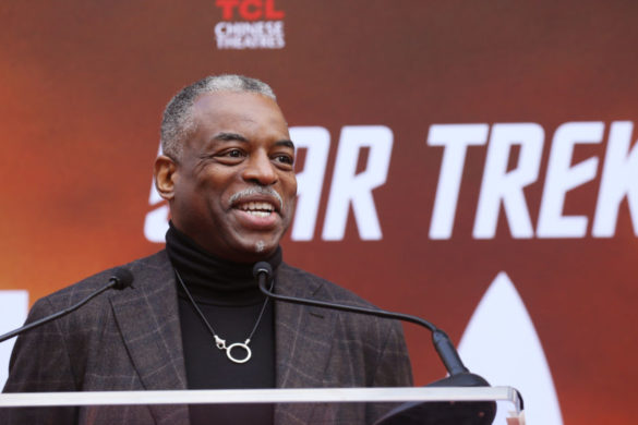 jeopardy-levar-burton-has-gma-hosts-fits-laughter-talking-guest-hosting-first-episosde