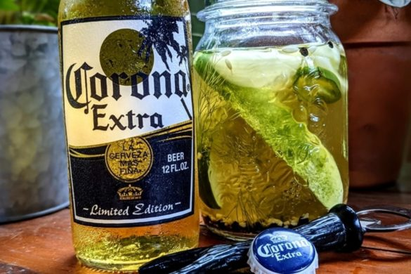 putting-pickles-cheap-beer-new-trend-internet-swears-by-outsider