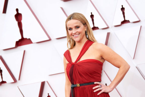 reese-witherspoon-considers-new-look-photo-nearly-identical-daughter