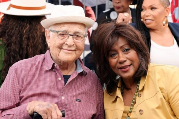 all-in-the-family-creator-tv-pioneer-norman-lear-given-legend-award-aafca-tv-honors