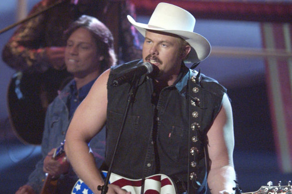 craig-morgan-joins-toby-keith-stage-courtesy-of-the-red-white-and-blue