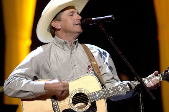 george-strait-performs-is-anybody-goin-to-san-antone-powerful-charley-pride-tribute