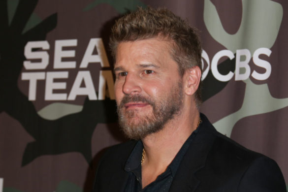 seal-team-star-david-boreanaz-drops-gritty-new-helicopter-pic-season-5-coming-hot