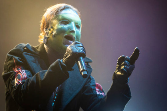 slipknots-corey-taylor-speaks-out-feeling-devasted-over-being-very-very-sick