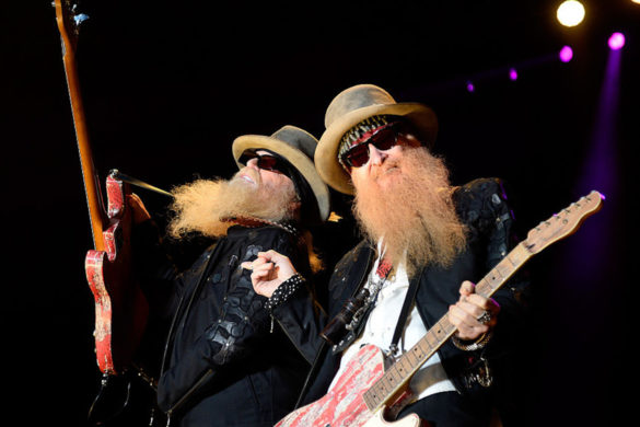 zz-top-performs-first-time-since-death-legendary-bassist-dusty-hill
