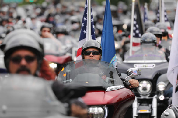 almost-1000-motorcyclists-escort-hearse-2-year-old-tennessee-flood-victim