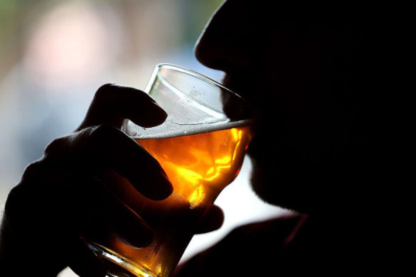 college-students-unconcerned-inflation-until-they-learn-rising-beer-prices