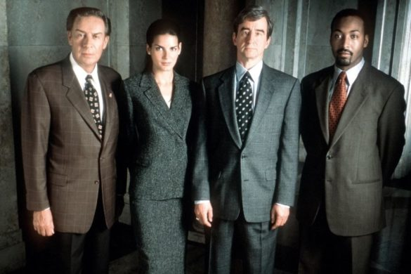 law-order-original-series-revived-heres-which-cast-members-expected-return
