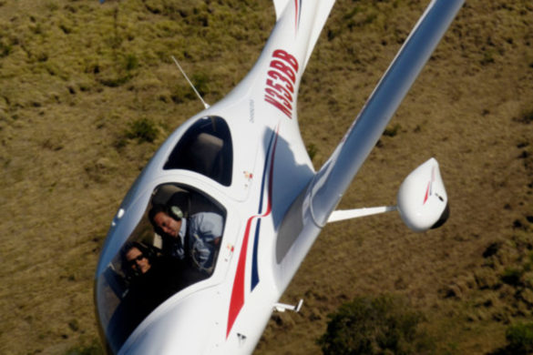 pilot-discovers-his-iphone-still-works-after-it-falls-11000-feet-from-his-plane